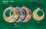 MWメダル 【女神】/直径70m/m  直径4cmのカットの入った丸いクリスタルを掲げる女神 直径70m/m